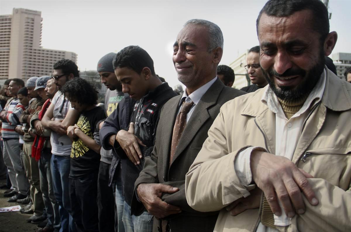 О положении рук в намазе в мазхабе имама Ахмада