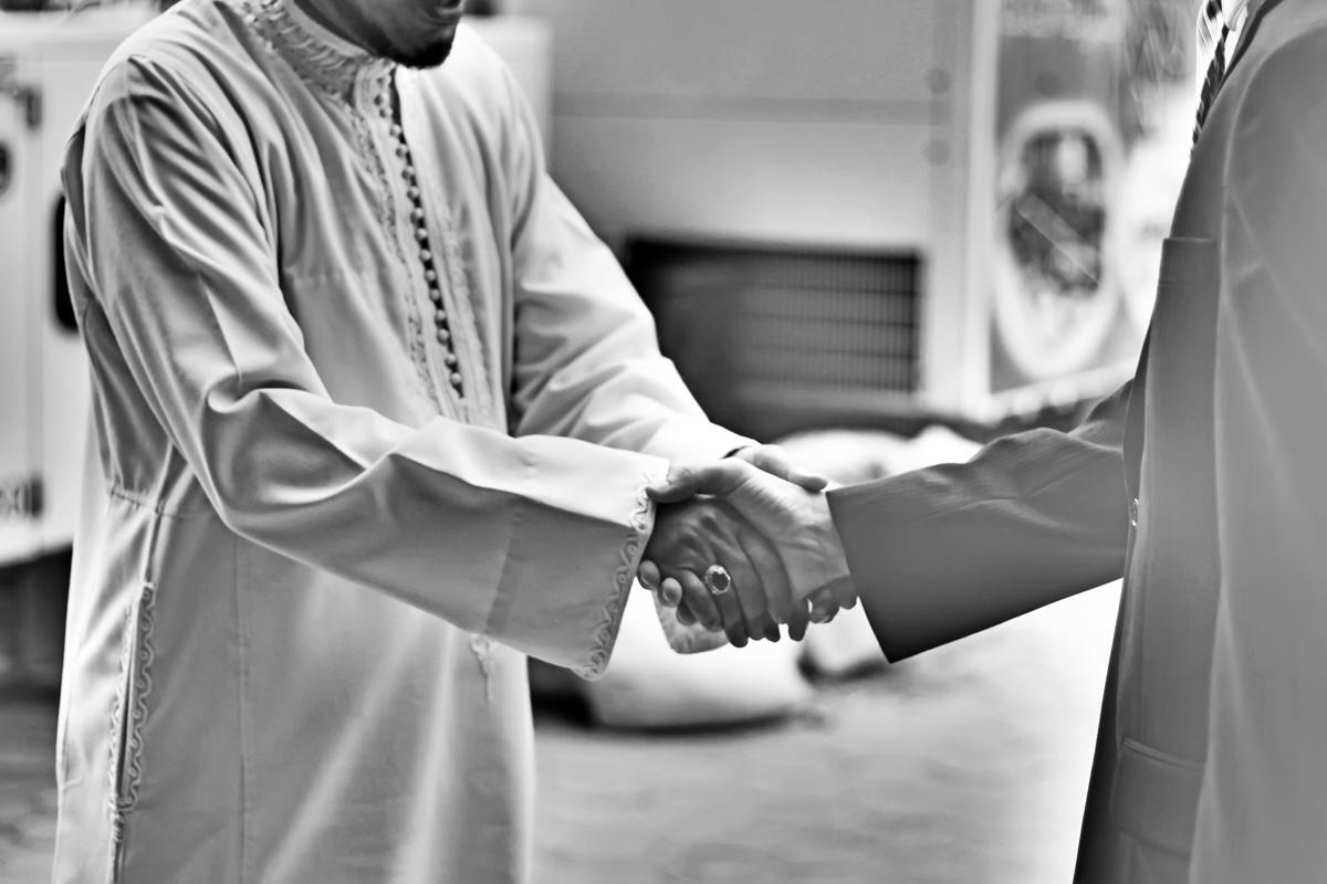Как, с точки зрения Ислама, сказать человеку о его недостатках?